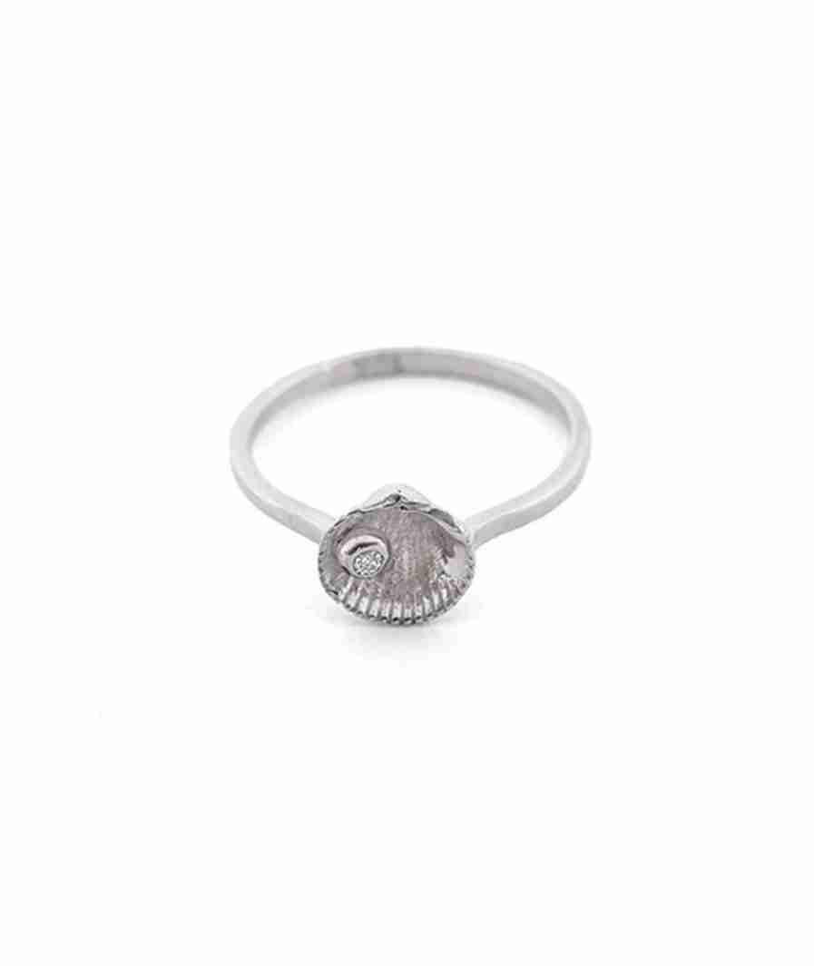 gemstone shell ring