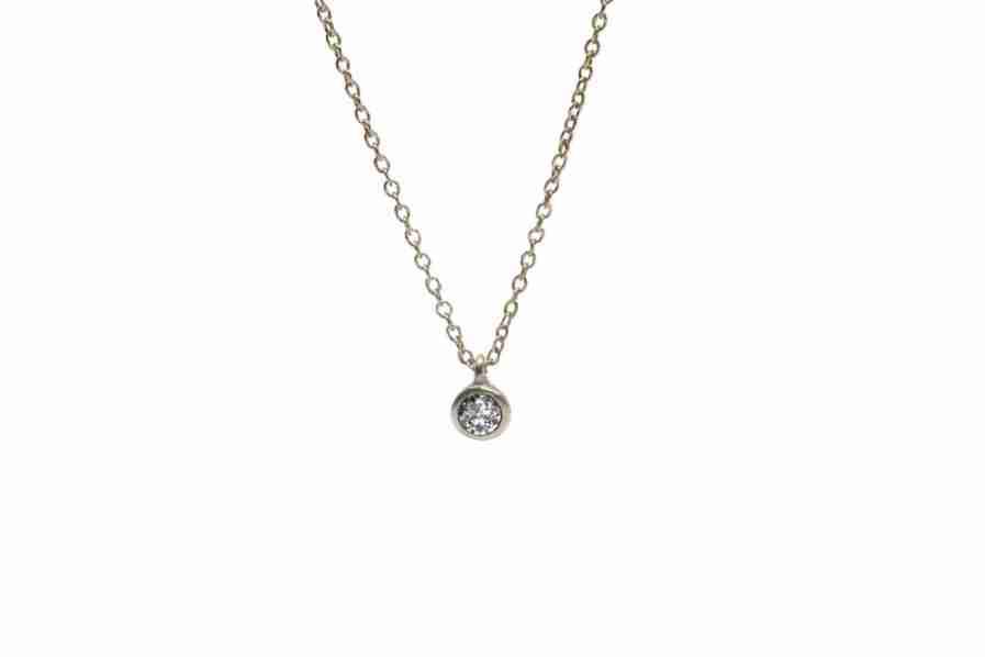 classic diamond pendant necklace